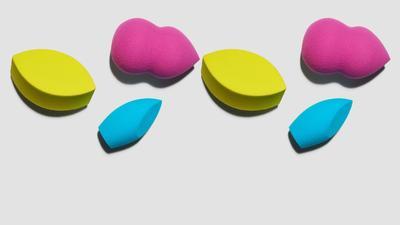 3 Merk Make Up Sponge Ini Ternyata Enggak Kalah Bagus dari Beauty Blender Lho!