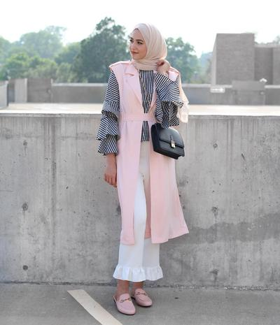 Bell Sleeves Outfit and Vest