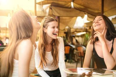 Ini 4 Pilihan Sunscreen dari Brand Lokal yang Mudah Ditemukan dan Mencegah Kulit Belang!