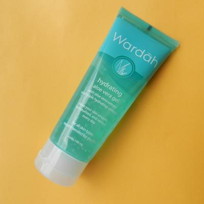 Ini Urutan dan Rekomendasi Skin Care Routine untuk Lawan Jerawat Membandel di Wajah