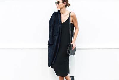 Lagi Populer, Bikin Slip Dress Terlihat Lebih Asik dengan Ikuti Inspirasi Ala Selebriti Ini