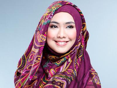 Ciput Ninja Ala Oki Setiana Dewi