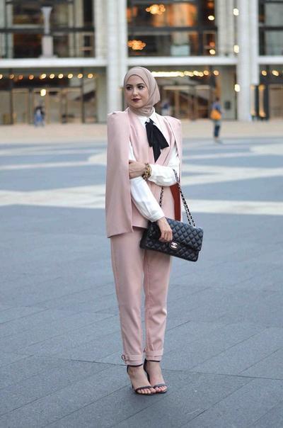Stylish! Ini Dia 4 Tips Fashion Hijab Tubuh Kurus untuk ke Kantor