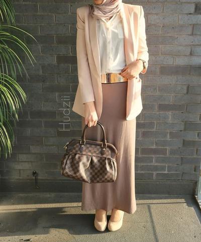 Basic Skirt dan Blazer