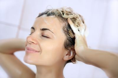 Praktis, Ini Lho Tips Perawatan Rambut untuk Hijabers Rambut Pendek!