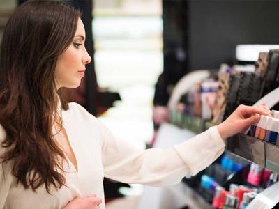 Jangan Sampai Rugi! Begini Lho Tips Belanja Makeup Secara Cerdas Saat Sale!