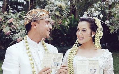 Memilih Konsep Pernikahan Perpaduan Tradisional dan Internasional