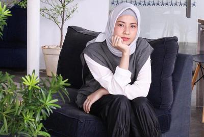 Tetap Menarik, Yuk Tampil Cantik dengan 4 Model Ciput Hijab Artis Indonesia Ini!