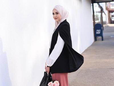 Begini Cara Memilih Gaya Hijab untuk ke Kantor Supaya Tetap Tampil Modis nan Bersahaja