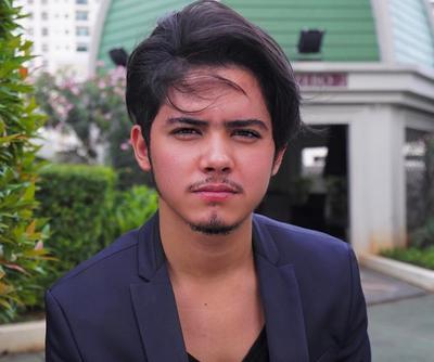 Enggak Nyangka, 4 Selebriti Indonesia Ini Pernah Mengalami Kulit Berjerawat, Lho!
