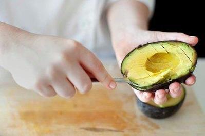 Cara Cepat Memperbesar Payudara Secara Alami Hanya dengan Konsumsi 5 Makanan Ini!