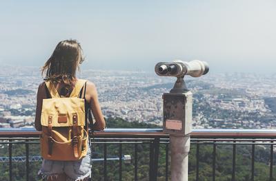 Traveling Cuma Bawa Ransel Bakal Lebih Mudah dan Jadi Muat Banyak dengan Tips Packing Ini!