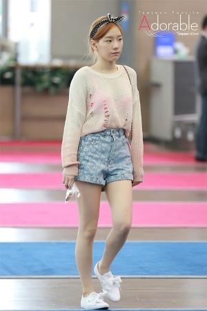 Style Kasual Taeyeon SNSD Ini Bisa Kamu Tiru untuk Gaya Kamu yang Lebih Fashionable