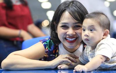Moms, Kamu Setuju Enggak Sama Cara Andien Merawat Anaknya?