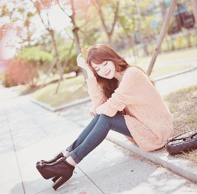 Tampil Imut Namun Tetap Elegan dengan High Heels Ala Korea Ini, Yuk!