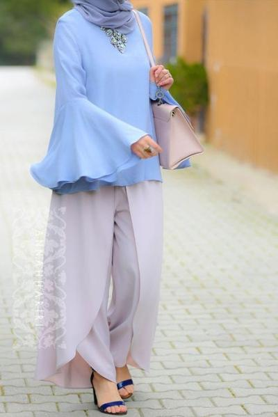 Bell Sleeve Blouse Hijab
