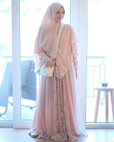 Hijab Syar'i untuk Acara Formal
