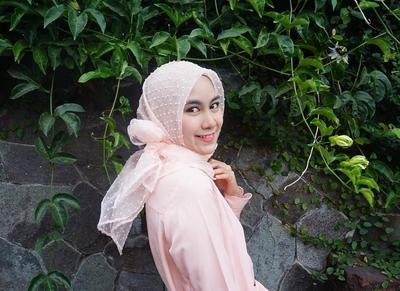 2. Hijab Kekinian