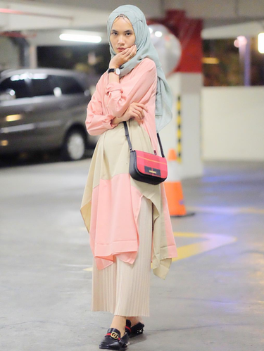 Ingin Tampil Stylish? Ini Tips Mix and Match Tunik Hijab dan Celana Kulot Ala Selebgram!