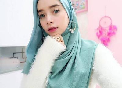 Siap-Siap Ganti Tampilan Hijabmu dengan Model yang Lagi IN dan Kekinian ini!