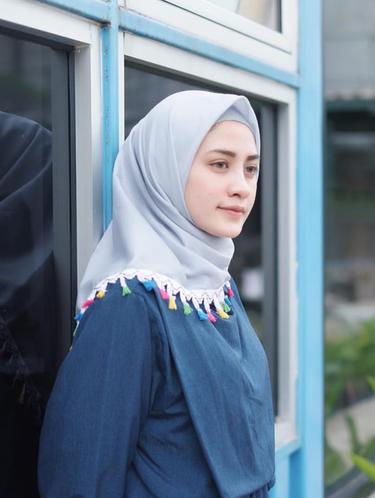 5. Hijab Tassel