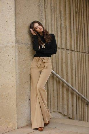 Detailed Flare Pants
