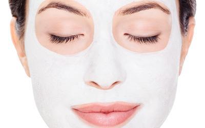 Ladies, Sudah Tahu Belum Kalau 3 Bahan DIY Skincare Ini Ternyata Bisa Berbahaya Bagi Kulit?
