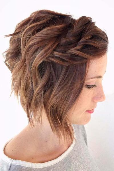 Inspirasi Hairdo Rambut Pendek