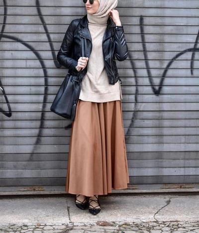 Padu Padan Rok Hijab Semi Formal