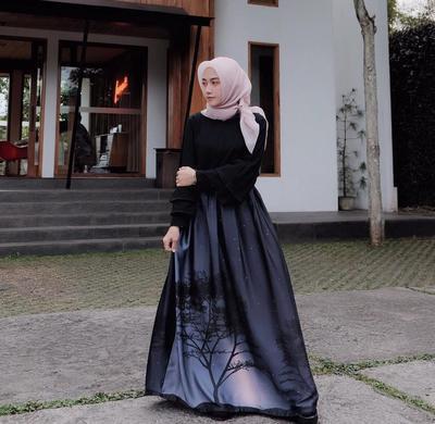 Dari Santai Hingga ke Acara Formal, Padu Padan dengan Rok Rempel Hijab Ini Bisa Kamu Tiru!