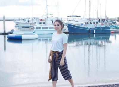 Tinggalkan Model Celana Biasa, Saatnya Tampil dengan Wide Leg Pants Ala Selebgram Indonesia