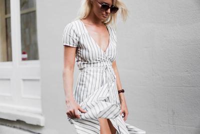 Inilah Pakaian yang Boleh dan Tidak Boleh Dipakai Oleh Wanita dengan Bentuk Bahu Lebar