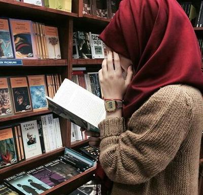 4 Kumpulan Cerita Novel Cinta Islami Terbaik Ini Dijamin Bikin Penasaran Terus