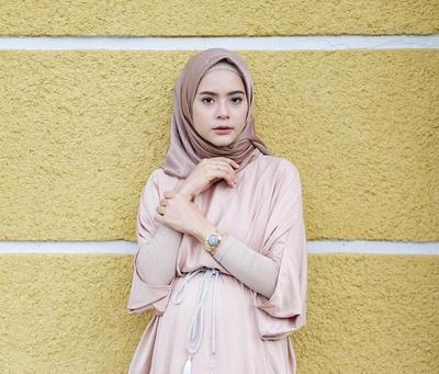 Ini Style Kondangan Hijab untuk Hijabers Remaja Agar Penampilannya Tak Terlihat Tua!