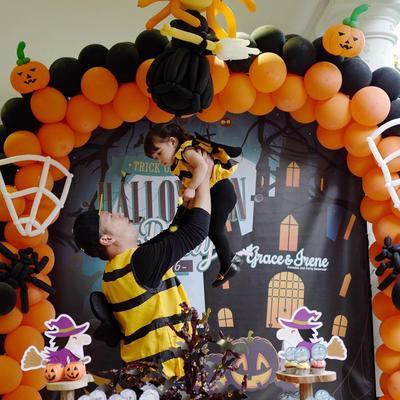 Jauh dari Kata Seram, 5 Kostum Halloween Artis Indonesia Ini Malah Jadi Lucu Banget!