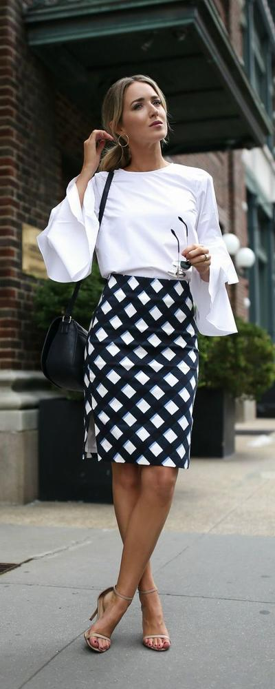 Tetap Profesional Dengan Pattern Skirt