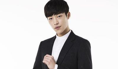 3 Aktor Korea Ini Sedang Naik Daun Berkat Drama yang Diperankannya, Yakin Enggak Gemes?