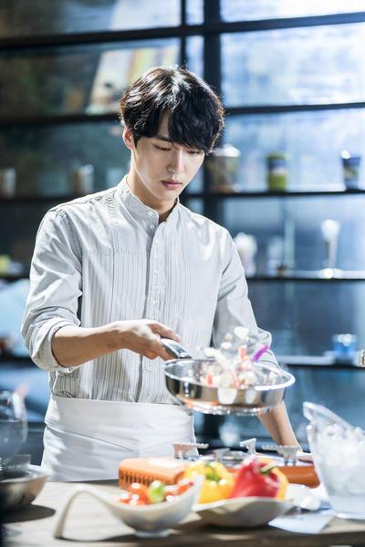 """6 Fakta yang Harus Kamu Tahu dari Yang Se Jong, Chef Tampan dalam Drama """"Temperature of Love"""""""