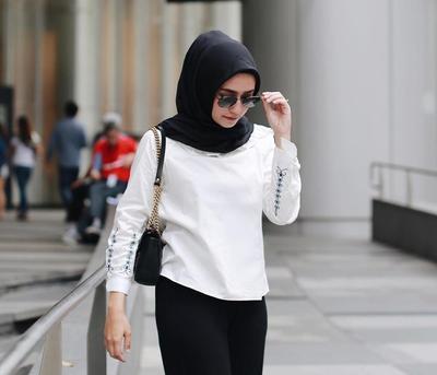 Ini 3 Kacamata yang Lagi Hits dan Cocok Dipakai Hijabers Tanpa Membuat Hijab Jadi Aneh