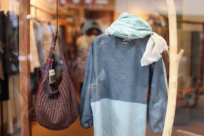 Jangan Sampai Beli Terlalu Mahal, Ini 4 Toko Hijab yang Paling Lengkap dan Murah di Jakarta!