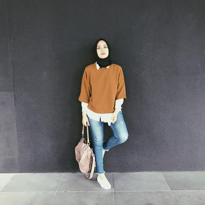 Begini Gaya Hijab Ayudia Bing Slamet Saat Berlibur Ke Jepang yang Banyak Jadi Inspirasi