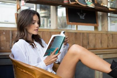 Awas! 5 Novel Ini Dijamin Sukses Bikin Kamu Baper di Tahun 2017