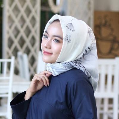 Tak Perlu Bingung, Ini 4 Warna Netral untuk Hijab yang yang Cocok dengan Berbagai Outfit