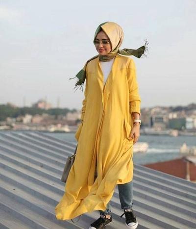 Pilih Warna Kuning yang Bergradasi
