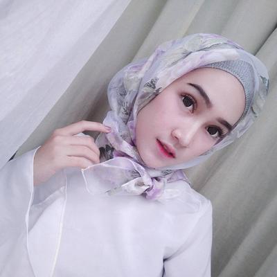 Hijab Organza Motif Bunga