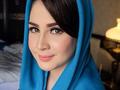 Tetap Cantik dengan Gaya Hijab ala Ibu Pejabat, Ini Penampilan Arumi Bachsin Sekarang!