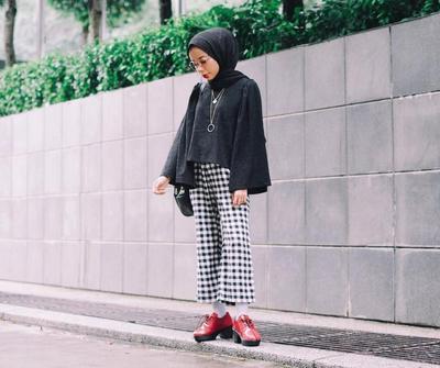 Waspada Kesalahan Memakai Kulot Hijab Seperti Ini yang Bikin Tampilan Kamu Aneh Enggak Karuan!