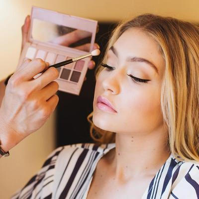 Gigi Hadid - Eyes & Lips