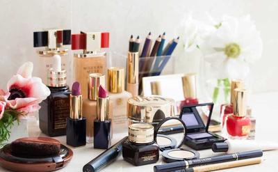 Pilih Produk Makeup Berlabel Oil Free dan Non Comedogenic
