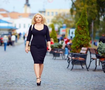 Kamu Punya Paha Besar? 6 Tips Berpakaian Ini Akan Membuat Kamu Tampil Percaya Diri